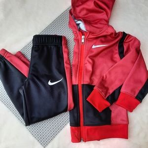 Nike Dri Fit Zip Hoodie Sweatshirt & Pants Set